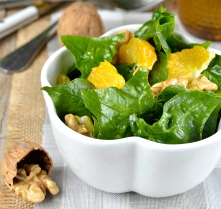 spinach salad with walnuts